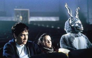 donnie-darko-rabbit-malvina-massaro-blog-crohn-stomia-rethymno-crete