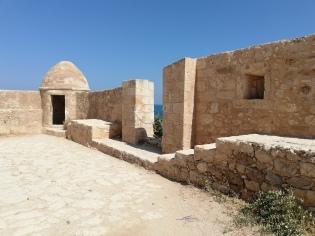 malvina-massaro-stomia-crohn-donnie-darko-rethymno-crete-blog-summer-2019-2